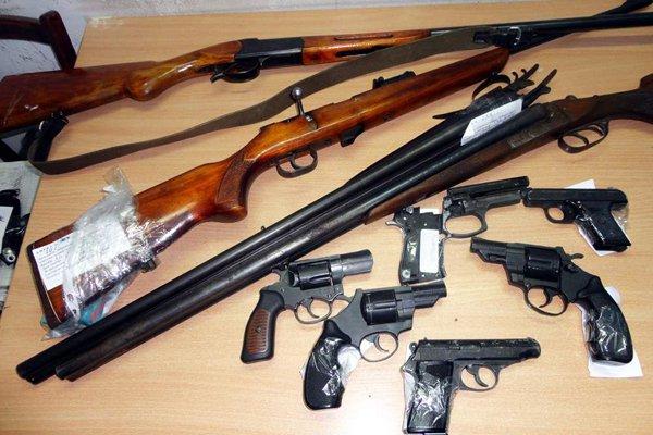 На території Голопристанського району проводиться місячник добровільної здачі зброї