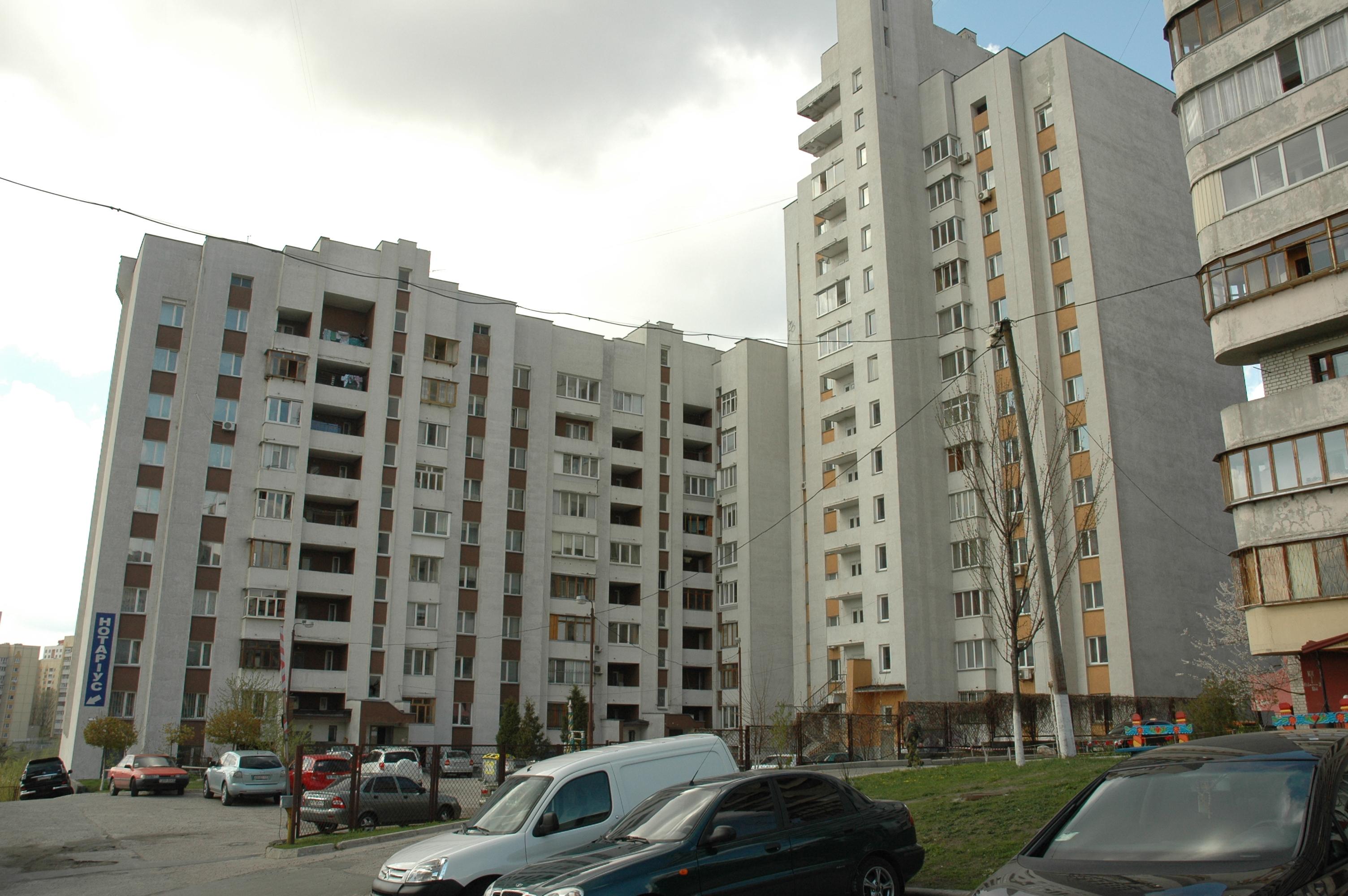 Ось що ховається за дверима звичайної київської багатоповерхівки
