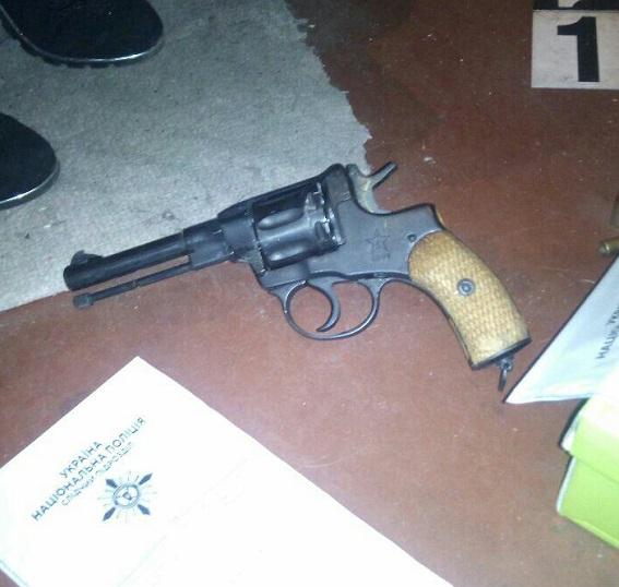 НаТроещине вКиеве воры открыли стрельбу пожителям и милиции