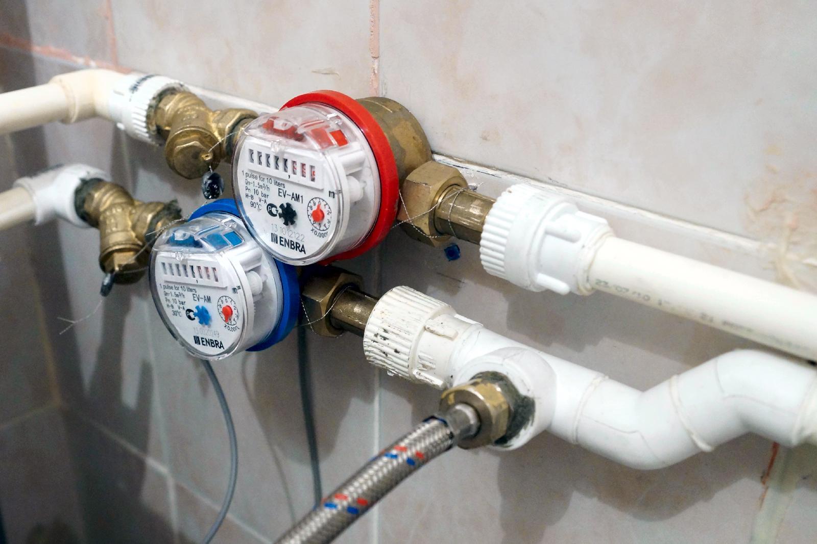Киевлян снепроверенными или непригодными счетчиками воды начали переводить наобщие расчеты