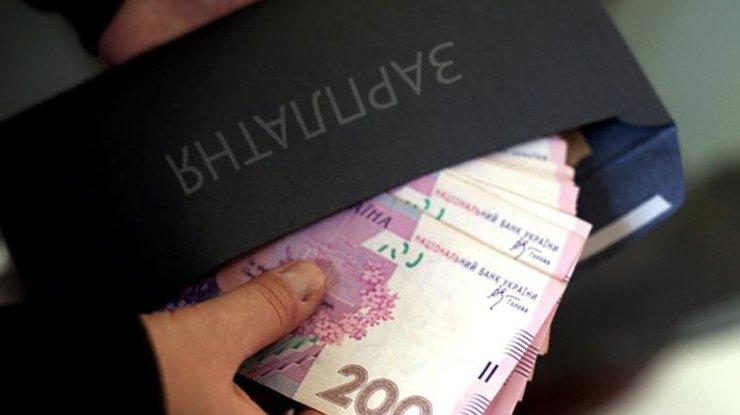 Средняя заработная плата поКиеву недотягивает до9 тыс. грн