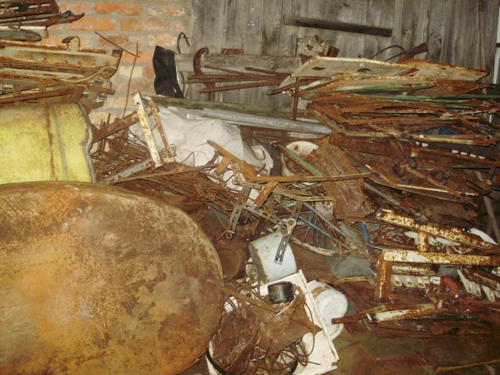 Житомирским отрядом было найдено неменее 5 тонн радиоактивного металлолома
