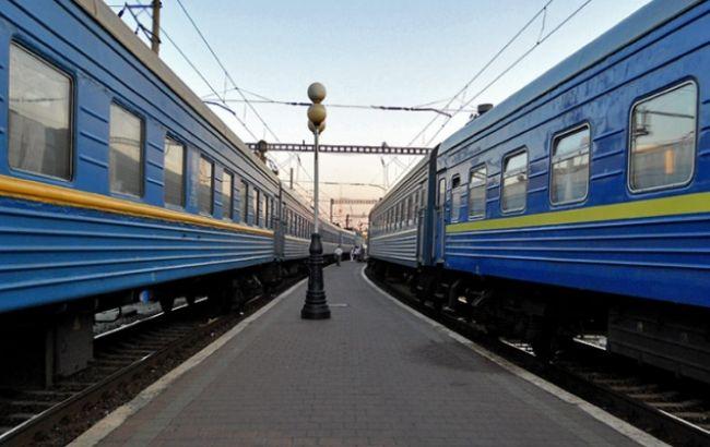 «Укрзализныця» назначила рекордное количество поездов назимние праздники