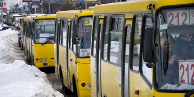 Власти Киева определились сднем имесяцем запуска первого ночного автобуса