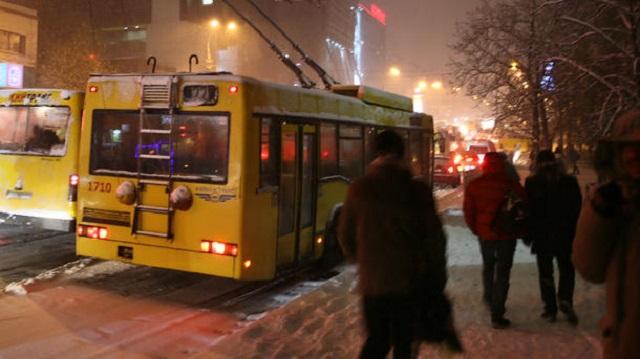 ВКиеве запускают ночные троллейбусы иавтобусы
