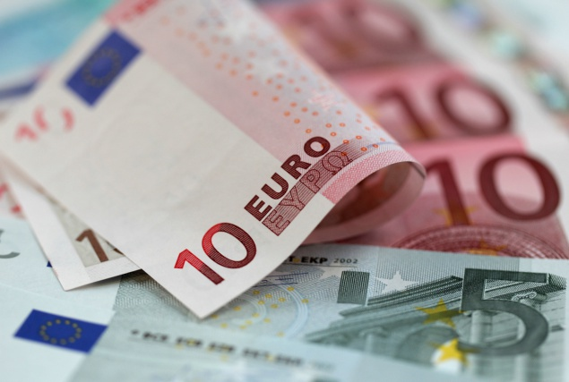 Курс гривны кевро снизился до28,01 грн/€