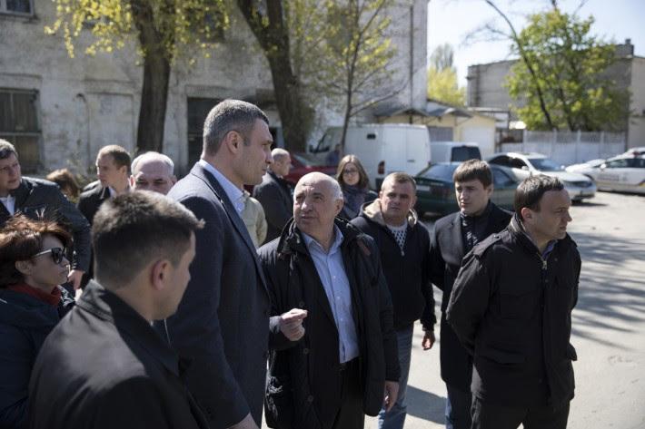 Кличко сократил 12 руководителей столичных ЖЭКов