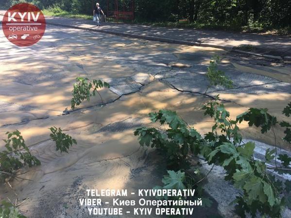 Киевводоканал возобновил водоснабжение в Подольском районе