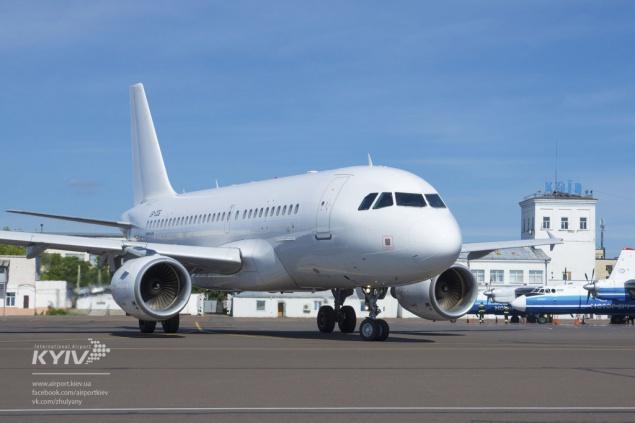 """В аэропорту """"Киев"""" (Жуляны) появился новый авиарейс в Болонью (Италия)"""