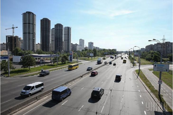 Петиция против переименования проспекта Ватутина вКиеве собрала 10 000 подписей