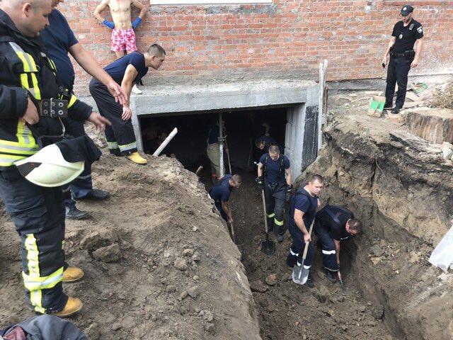 ВКиеве настройплощадке произошел обвал грунта: умер мужчина