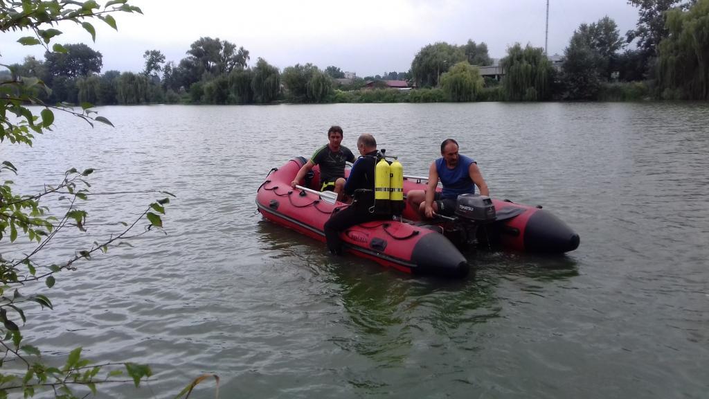 В Дністрі і досі шукають тіло жителя Івано-Франківська, який врятував з води трьох дітей, проте сам виплисти не зміг