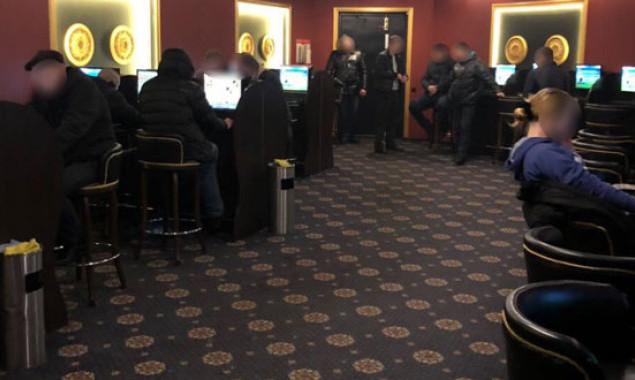 Работа киев охрана казино играть и зарабатывать деньги реально игровые автоматы