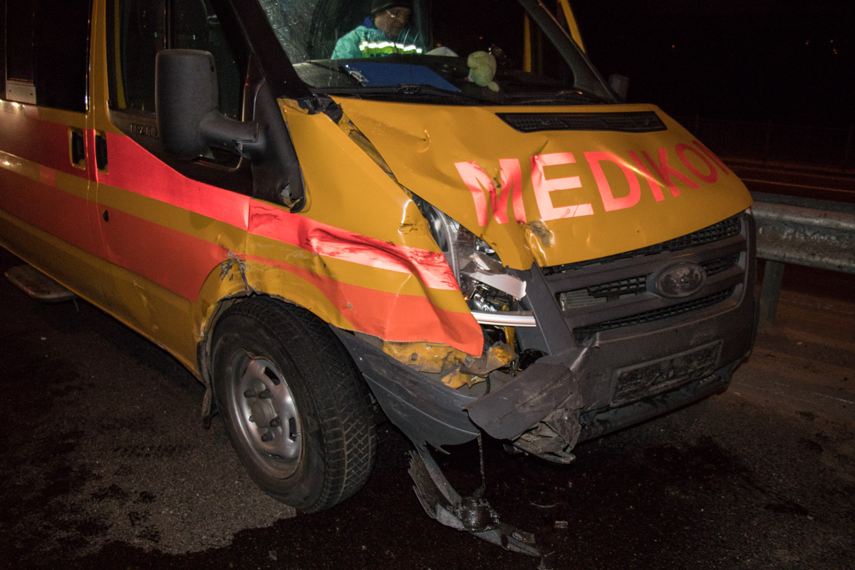 НаГлушкова из-за хитрого водителя разбилась «скорая» с сыном  - большое количество  пострадавших