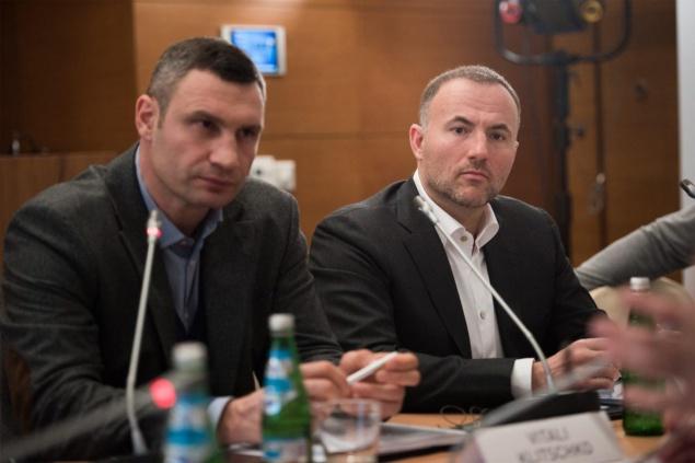 Вагоновожатый: Павел Фукс купил долг киевского метро в1,8 млрд