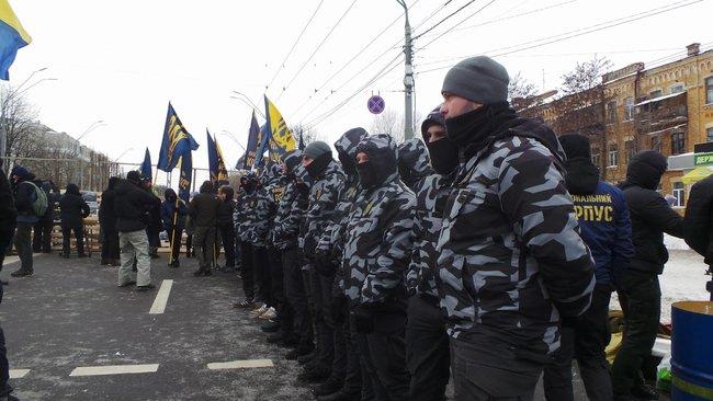 Милиция Львова непустила граждан России голосовать вконсульстве
