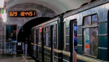 Комиссия Киевсовета согласовала установку в метрополитене табло обратного отсчета времени до прибытия поезда