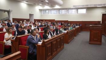 Киевсовет ввел мораторий на передачу коммунального имущества и земли россиянам
