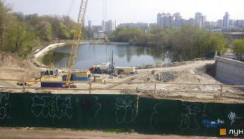 Киевляне возмущены строительством ЖК на оползнеопасном участке по бульвару Дружбы народов