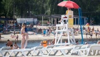 Летом в Киеве можно будет искупаться на 14 пляжах, а еще на 18 - отдохнуть без купания (список)