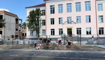 Завершения реконструкции школы №23 жители Быковни будут ждать по меньшей мере до конца 2021 года