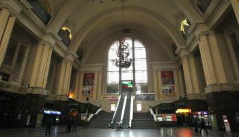 На Центральном вокзале в Киеве закрыли на профилактику эскалатор