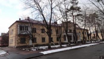 """Кабмин просит Кличко разобраться с общежитиями """"Укрзализныци"""""""