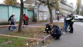 В Киеве неизвестные на улице распылили слезоточивый газ в лицо члену конкурсной комиссии Генпрокуратуры (фото)