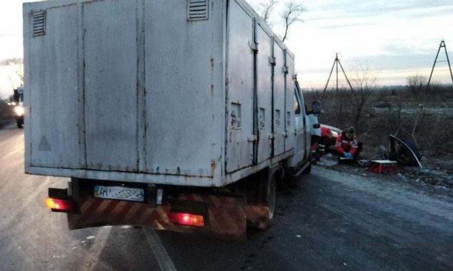 На кольцевой дороге в Броварах в результате ДТП погибла женщина (фото)