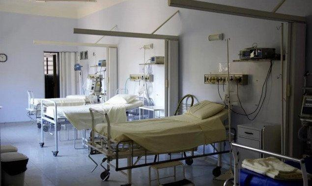 Перечень киевских больниц для приёма больных с подозрением на COVID-19 (документ)