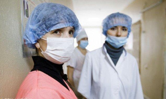 Еще 9 медиков в Киеве заразились коронавирусом