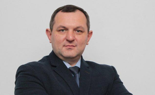 Глава Киевской ОГА Василий Володин поздравил украинцев с Днём Конституции (видео)