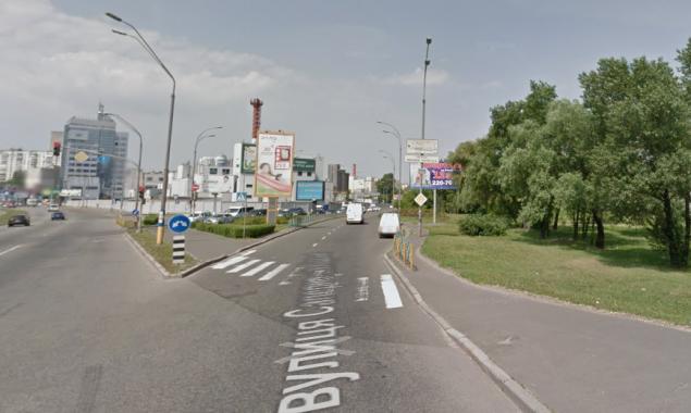 С вечера 9 июля будет ограничено движение на одной из центральных улиц Киева (схема объезда)