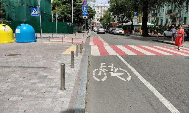 Киевские власти решили совместно с велосипедистами определить приоритетные для строительства в 2021 году веломаршруты