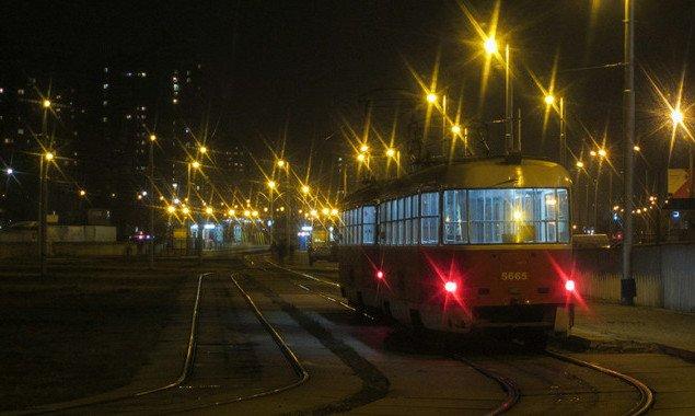 В ночь на 29 и 30 октября в Киеве трамвай №14 изменит маршрут движения