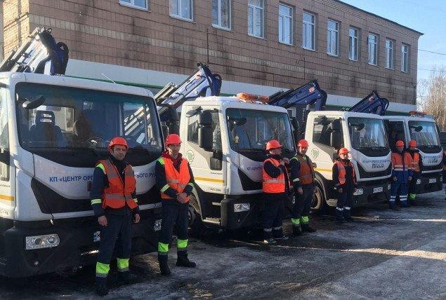 Столичные коммунальщики обзавелись четырьмя новыми эвакуаторами
