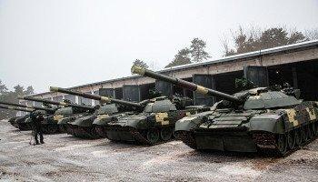 Киевский бронетанковый завод передал Вооруженным Силам Украины пять отремонтированных танков Т-72 (фото, видео)