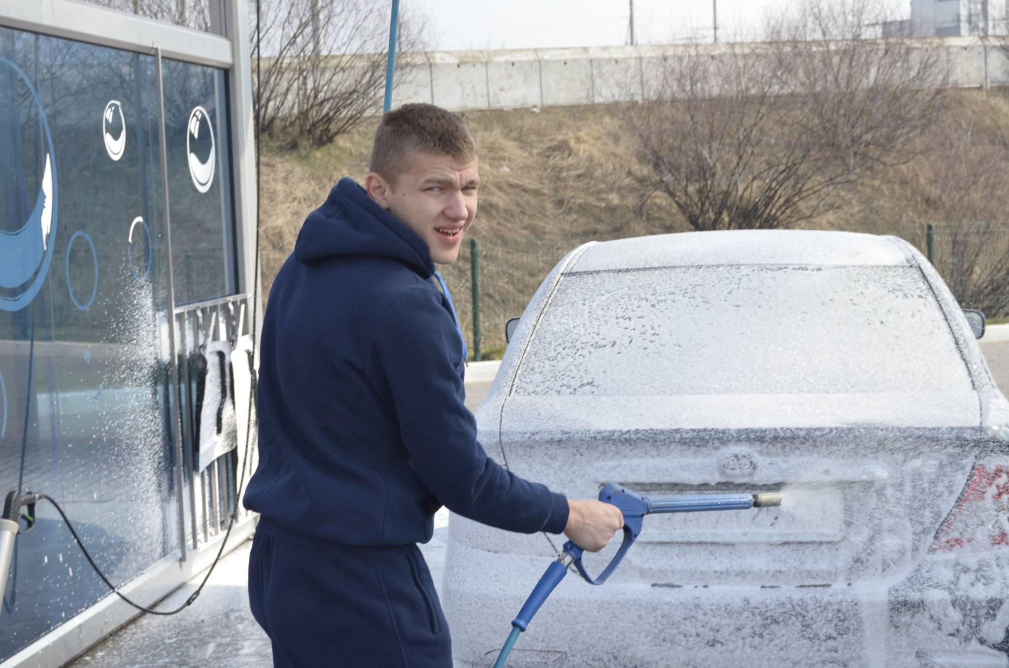 Член парт удар колесник андрй миколайович